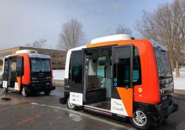 В Канаді запустили безпілотні автобуси