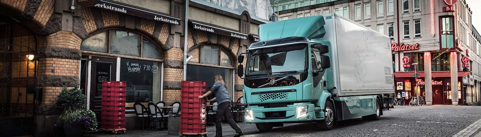 Volvo Trucks анонсував старт продажів повністю електричних вантажівок