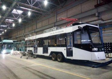 На заводі «Еталон» показали збірку свого першого трамвая