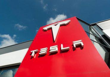 Tesla стала шостою компанією у світі із капіталізацією у 600 мільярдів доларів
