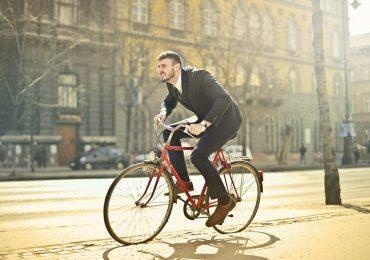 Україна за екологію: у Франківську чиновники отримуватимуть тисячу гривень за користування велосипедами
