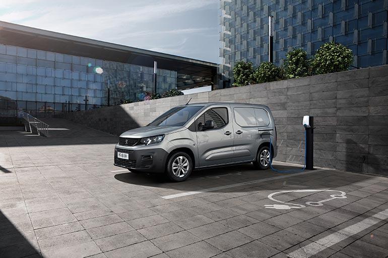 Peugeot представила електричну версію автофургона e-Partner