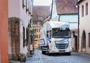 DAF розширює лінійку електропривідних автомобілів для міських перевезень з комбінованою системою зарядки