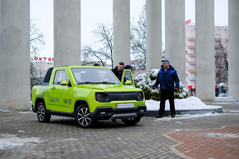 Представлено макетний зразок білоруського електромобіля Academic Electro