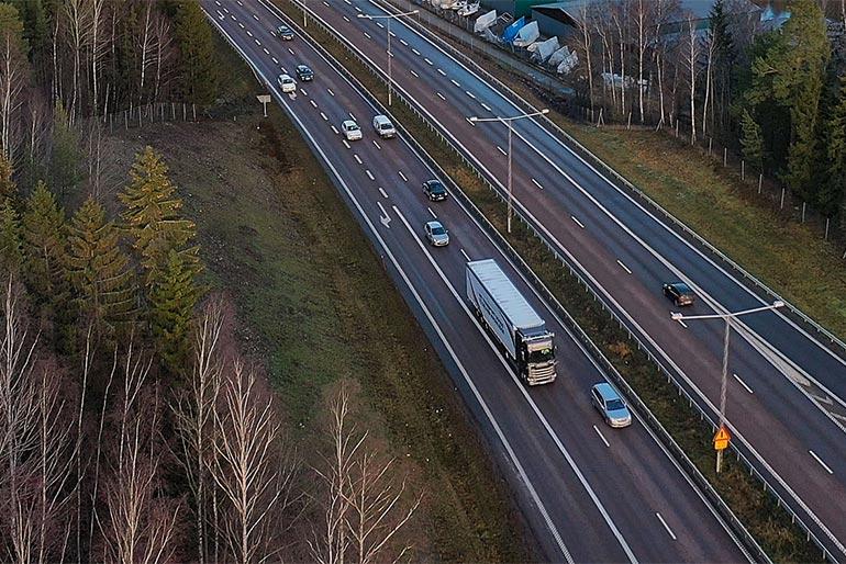Незабаром почнуться випробовування безпілотних вантажівок Scania