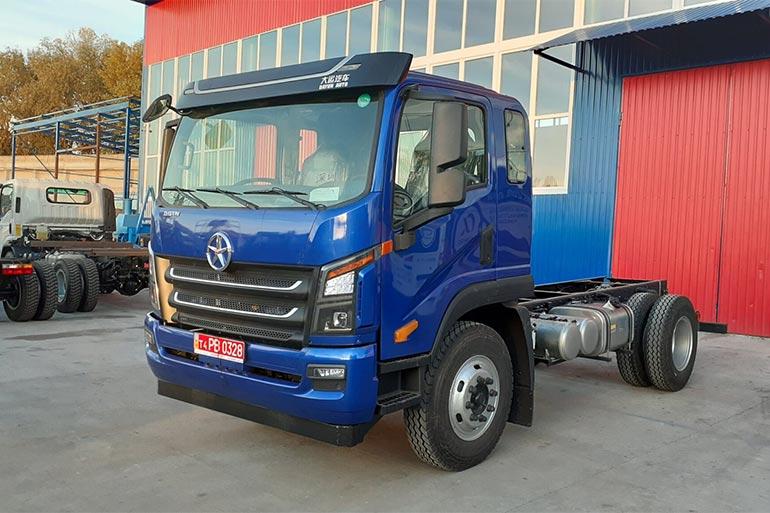 Новий 14-тонний автомобіль DAYUN з'явився на дорогах України