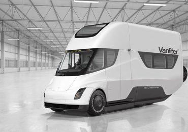 Сонячні панелі на даху дозволять електричному фургону компанії Tesla щодня заряджатися на додаткових 48 км ходу на день