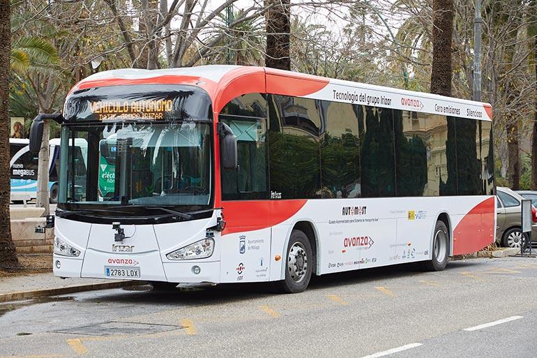 У Іспанії дозволили працювати на дорогах міста електроавтобусу без водія