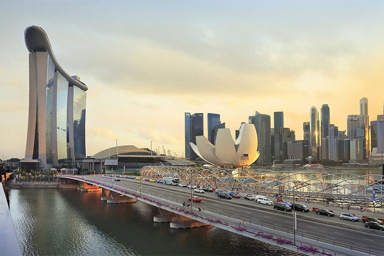 Тепер і в Сінгапурі: влада з 2025 року забороняє дизельні авто, а з 2030-ого є перспектива заборони бензинових