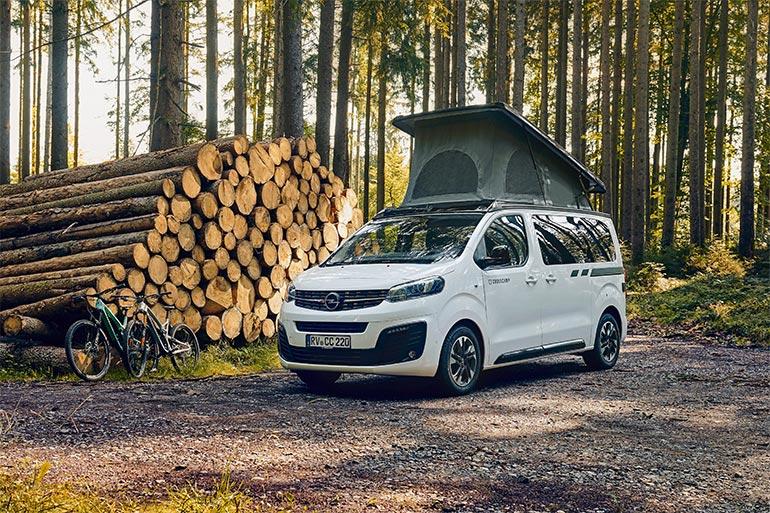 Opel почав продажі кемперів на базі Zafira Life