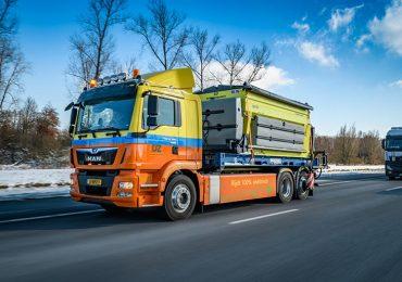 Перевірено зимою: електровантажівка MAN eTGM показала себе як піскосолерозкидувач