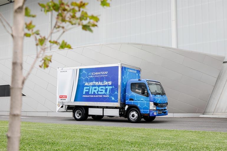 Daimler почав поставляти в Австралію електричні вантажівки FUSO eCanter