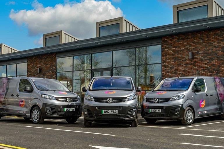 Vauxhall отримав велике замовлення на поставку 100% електричних фургонів Vivaro-e
