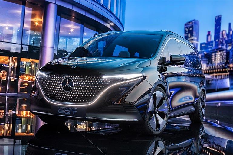 У Mercedes-Benz показали концепт преміального електричного мінівена EQT