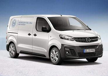 Opel представила електричну версію фургону Vivaro на водні