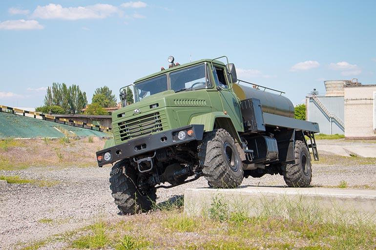 АвтоКрАЗ підписав контракт на поставку техніки для армії США