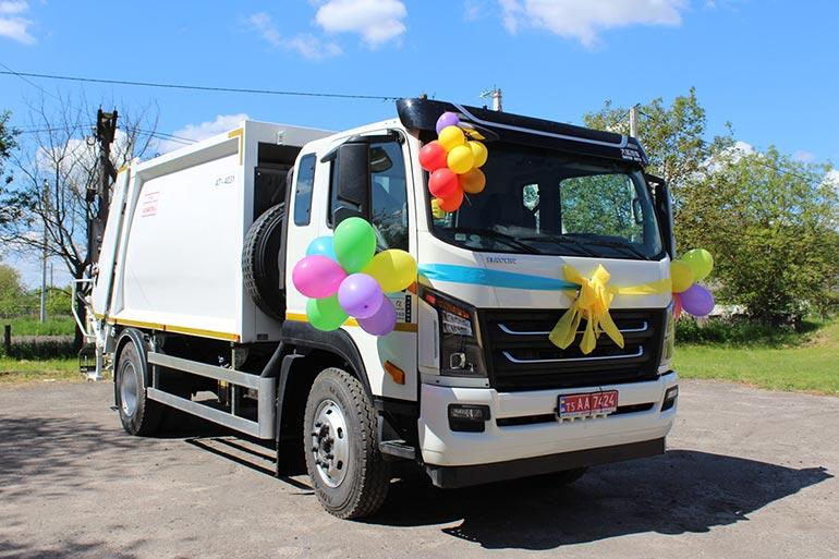 На ринку України з'явився сміттєвоз на шасі DАYUN нової моделі CGC1141