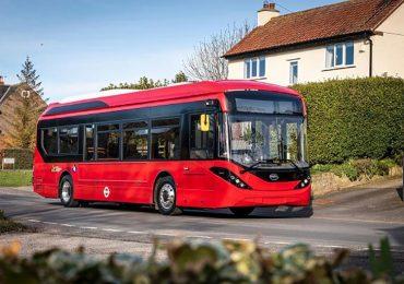 Уряд Лондона повністю електрифікує свій автобусний парк до 2037 року