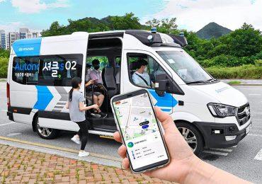 Hyundai представив автономний фургон RoboShuttle