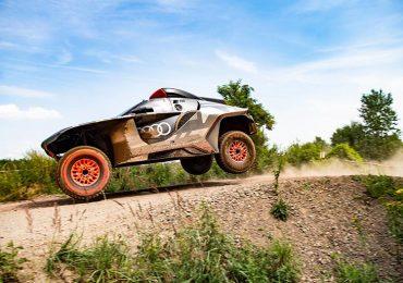 Audi представила Audi RS Q e-tron — електромобіль  для «Дакару»