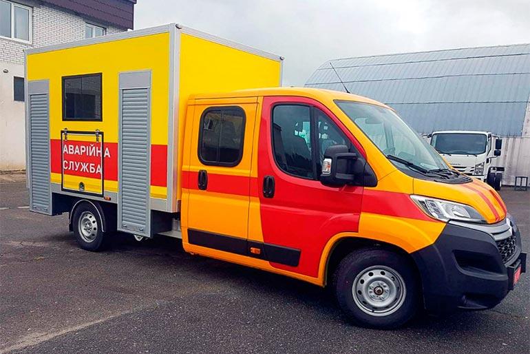 Завод спецтехніки Техкомплект поставив аварійно-ремонтний автомобіль на адресу МО України