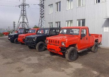 На ринку України з'явився BAW з цивільною аскетичною версією машин командування армії Китаю WARRIOR 2043