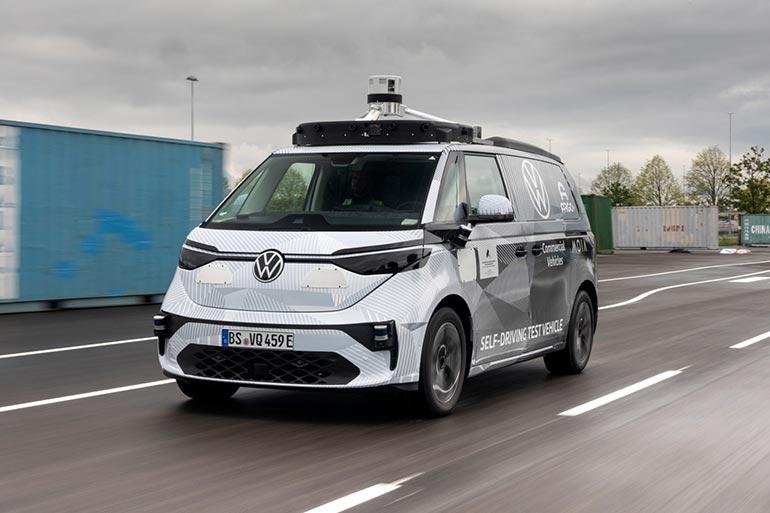 Презентовано першу версію безпілотного мікроавтобуса електричного ID Buzz AD від Volkswagen Commercial Vehicles та Argo AI