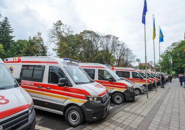 🚑 15 нових автомобілів Екстреної медичної служби Volkswagen Crafter обслуговуватимуть віддалені рівнинні райони Львівщини